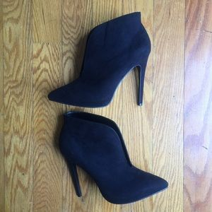 New Just Fab Belinda Booties NWT